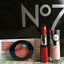 Cork Blogger Goody Bag included No 7 makeup from Boots | EvinOK.com