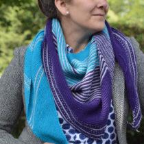 Drachenfels shawl by Melanie Berg | EvinOK.com