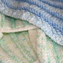 Stripy Cosy Baby Blanket | EvinOK