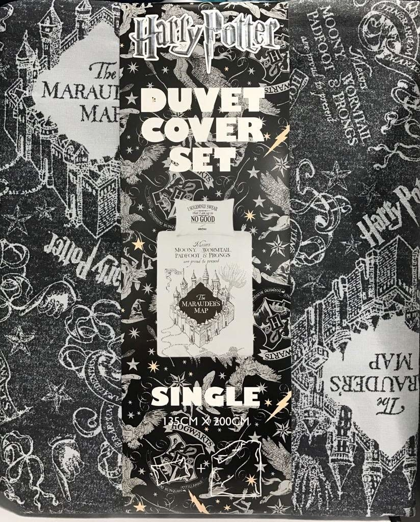 Primark Harry Potter Duvet Cover - and how I turned it into a comforter for movie nights | EvinOK