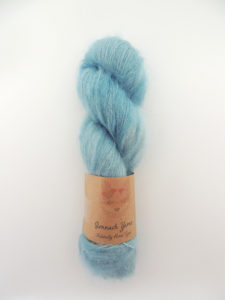 indigo kid mohair silk naturally hand dyed yarn plant botanical ireland teinture végétale botanique laine teinte main irlande (3)