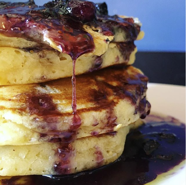 Blueberry Pancakes at White Rabbit of Cork city | EvinOK