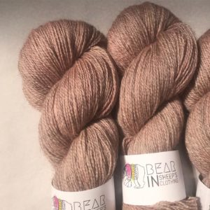 Interview with Bear In Sheep's Clothing yarn hand-dyer | EvinOK