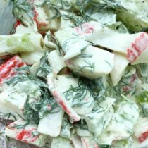 Imitation Crab Pasta Salad   EvinOK