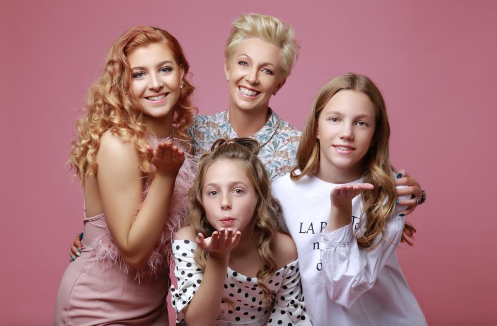 Vanity Studios - Family Portrait